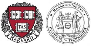 Escut de Harvard (a l'esquerra) i el MIT (a la dreta)